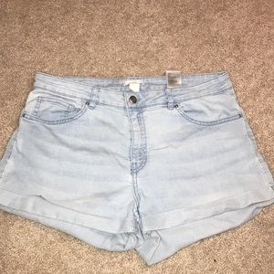 h&m blue jean shorts